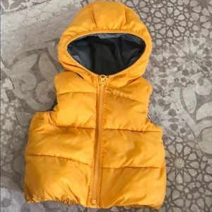 Baby GAP puffy vest with hood